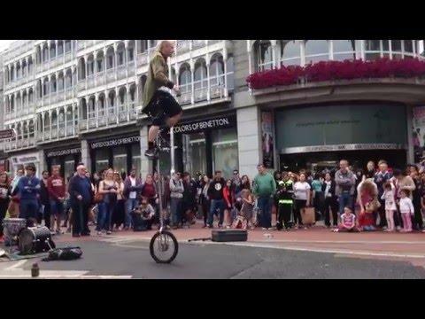 Dublin Grafton Street, street performers