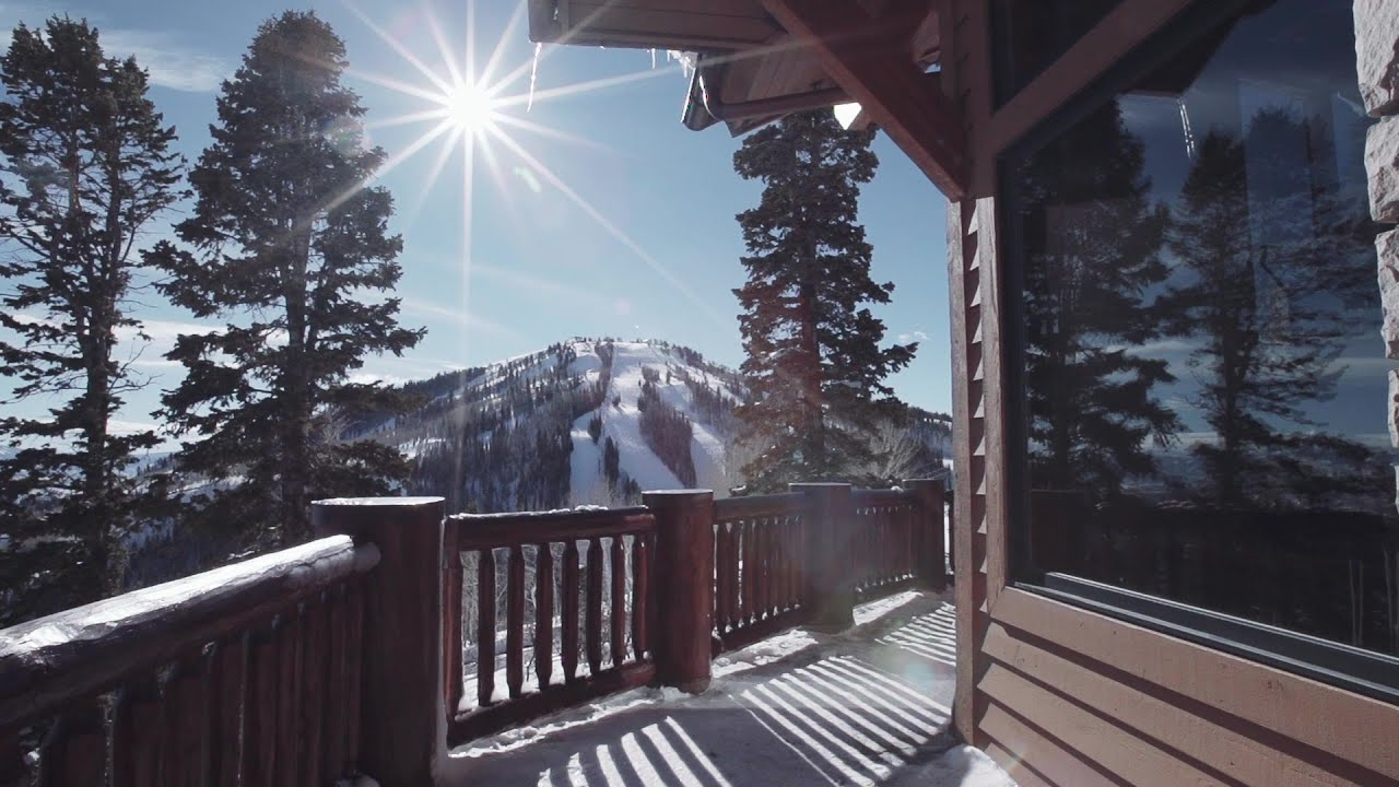 Timeless Deer Valley Ski-In Ski-out Mountain Retreat