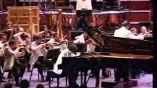 Kissin -Rachmaninov piano concerto #2, Mvt. III (part 1)