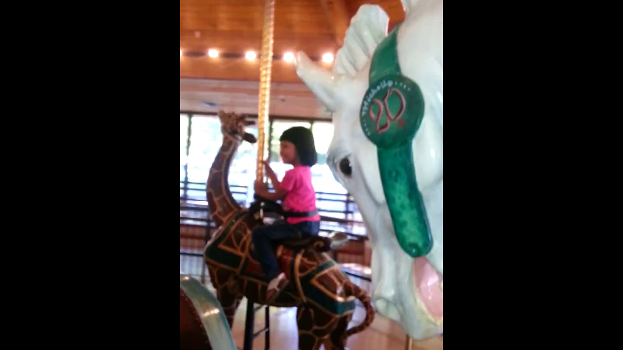 Carousel Riding Kids,at Spokane River Side  9/16/2016,Cungpi, Anna and  Philip :-) :-) :-) :-) :-)