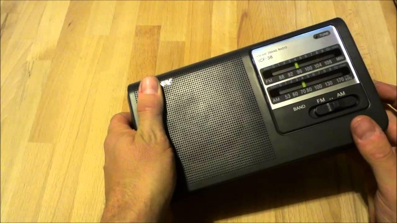 Quick Look Sony Icf-38 Am  Fm Radio And Unbox