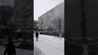 На Чапаева горит девятиэтажный дом. Жильцов эвакуируют
