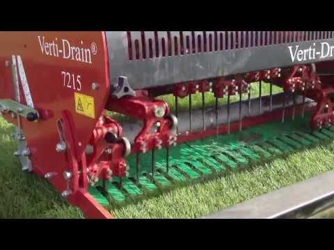 Verti-Drain in PowerGrass to relief subsoil - La Verti-Drain per decompattare il sottosuolo