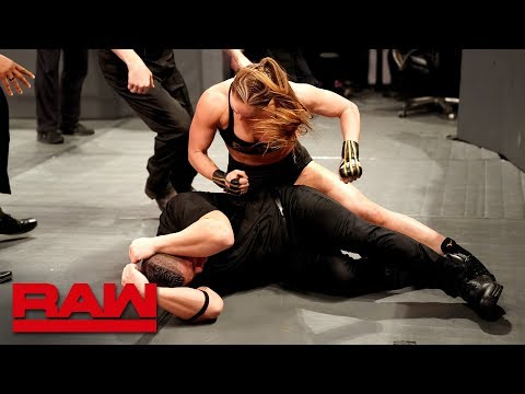 Ronda Rousey goes berserk on security guards: Raw, March 18, 2019