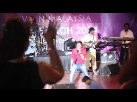 Sunidhi Chauhan Live In KL March 2014 - Dilliwali Girlfriend