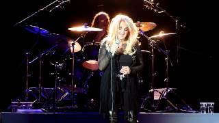 Скачать Bonnie Tyler Hide Your Heart Live In Crocus City Hall Moscow 04 03 2012