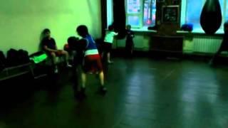 УСИК и БЕРИНЧИК тренируются вместе с детьми в зале