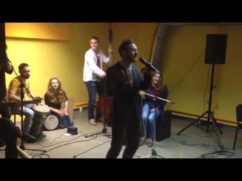 Павло Шикін на Mohyla Folk Jam