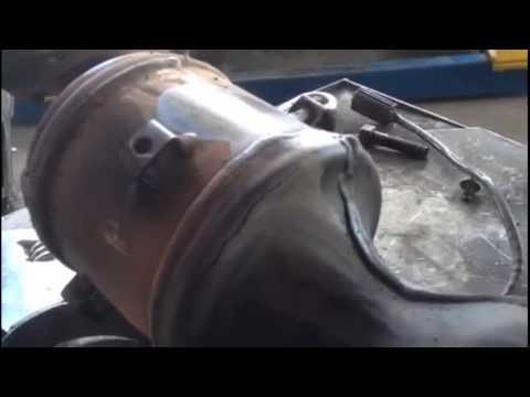 2007 Nissan Altima exhaust leak - YouTube