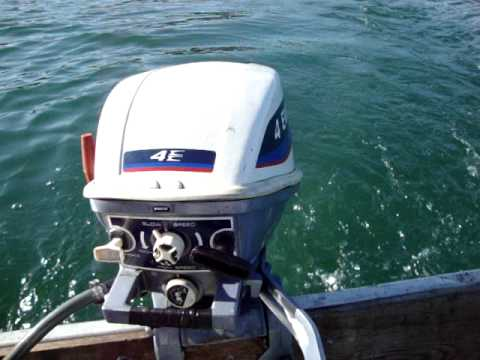 1975 4 hp evinrude 12 39 boat on m pond 6 16 2010 youtube for Small boat motor repair