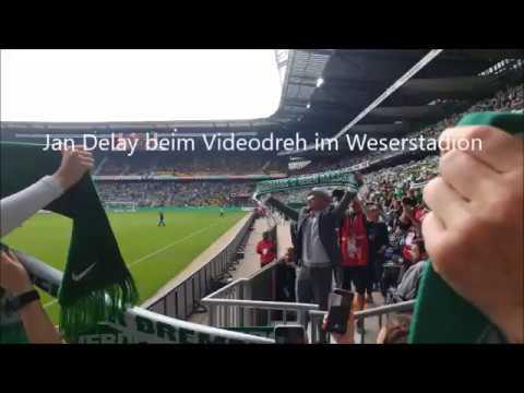 Jan Delay beim Videodreh im Weserstadion