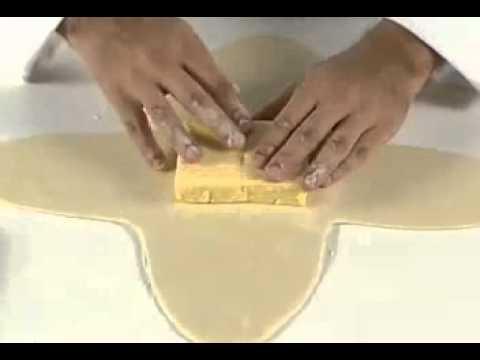 pasos a seguir para hacer masa de hojaldre - YouTube