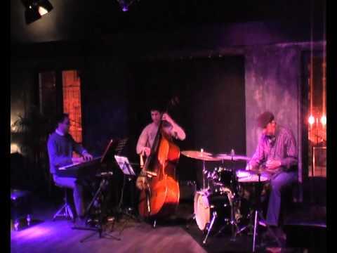 Adrian Carrio Trio - My foolish heart