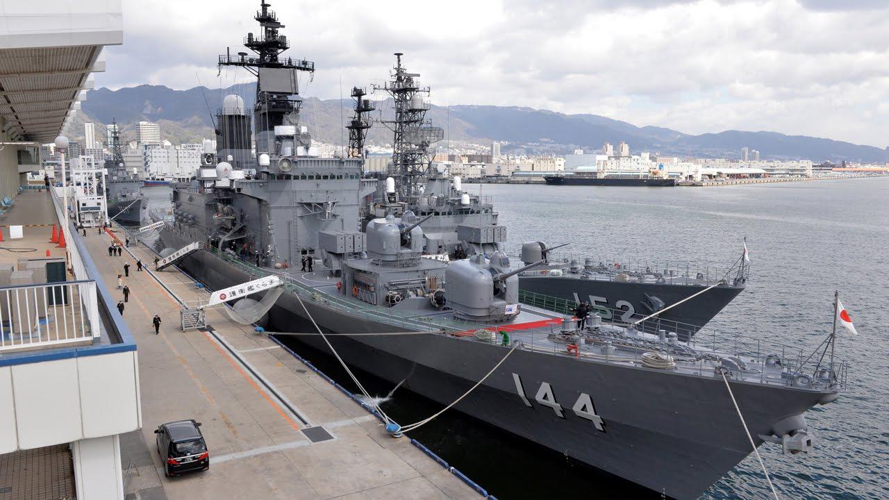 海上自衛隊練習艦隊が神戸港寄港...