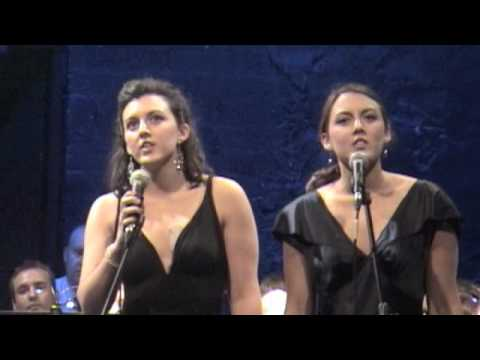 Hallelujah-Ronan Tynan with Olivia & Dylan Mullen - YouTube