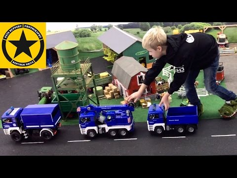 BRUDER Tow TRUCKS✅ Fire Engines 🚒 Crash & THW Bruder Edition on DUTY