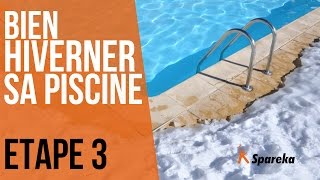 Hivernage de la piscine - Etape 3 : vidanger la prise balai et les skimmers