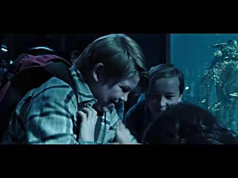 Little Arthur Vs Bullies (Aquarium Scene) | Aquaman (2018)