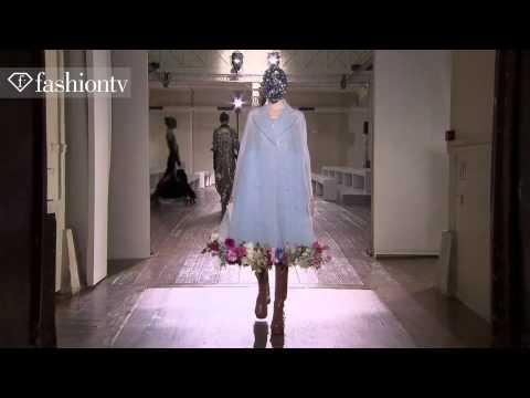 Maison Martin Margiela Couture Fall/Winter 2013-14 Show | Paris Couture Fashion Week | FashionTV