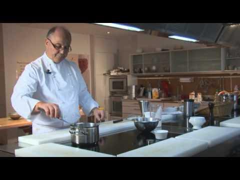 Crème brûlée par Pierre-Dominique Cécillon pour Larousse Cuisine