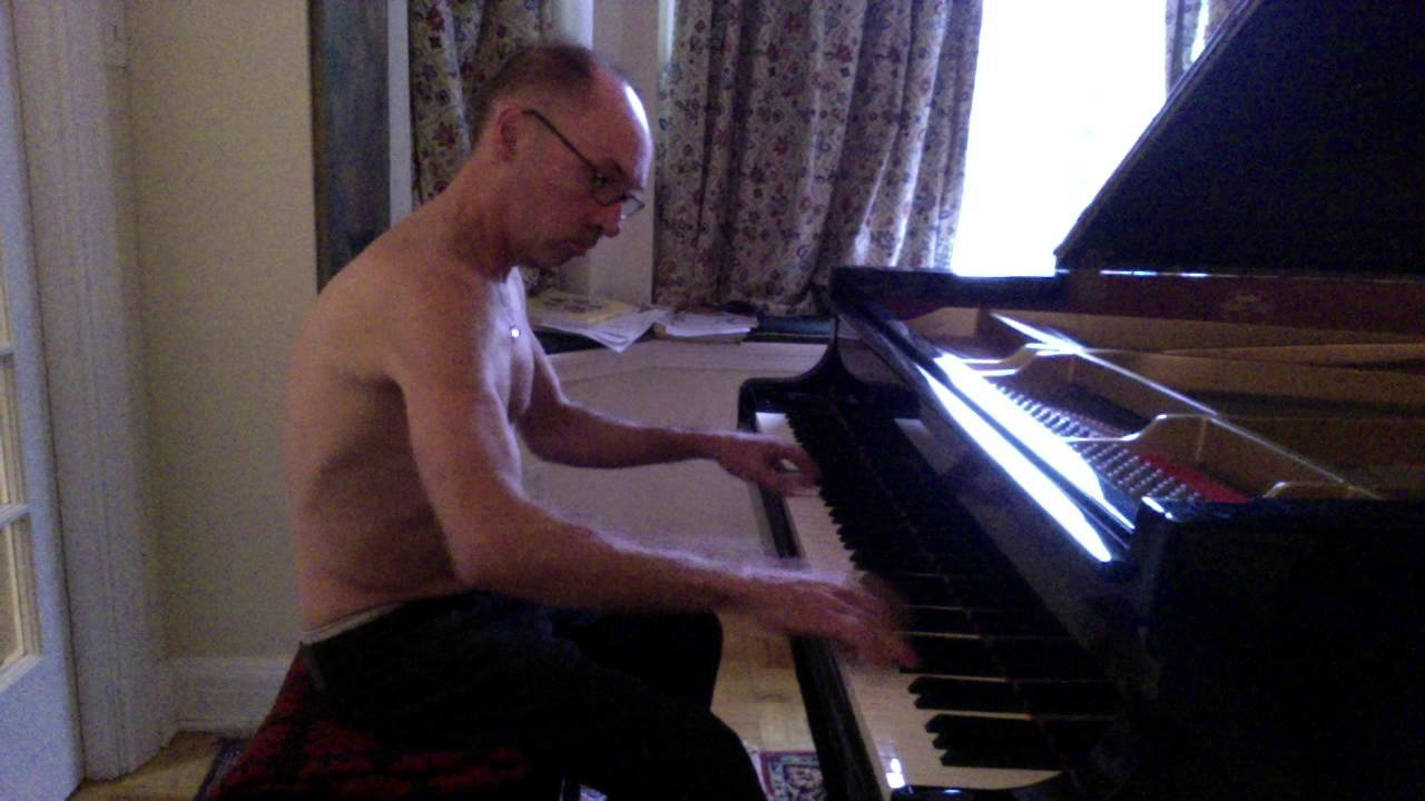 Naked Pianist 64
