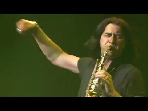 Warren Hill's performance of 'Hey Jude' in Seoul, S.Korea