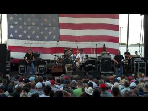 Cross Canadian Ragweed - Lighthouse Keeper