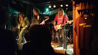 Status Quotes - Reason for Living (Live at Ma Kelly's - Frieschepalen on 12-10-2019)