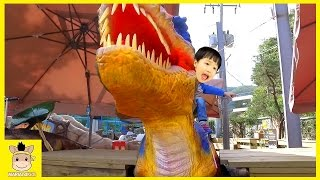 GIANT LIFE SIZE DINOSAUR Playground Fun for Kids and Family Play theme park dino | MariAndKids Toys