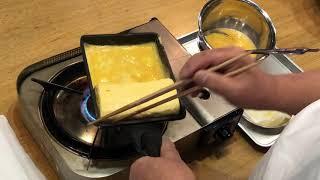 京料理人が巻く出汁巻玉子(6個巻)(巻く側から)