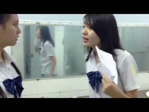 Bạo lực học đường =))))