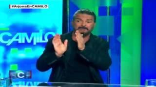 Arjona se molesta y deja solo a Camilo, de CNN