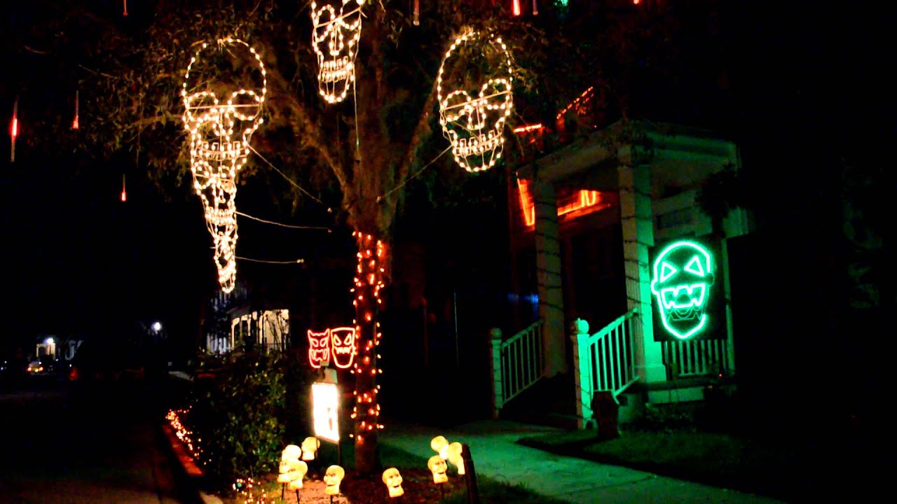 incredible halloween lights and sound outdoor decorations youtube - Halloween Outdoor Lights