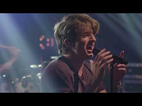 Charlie Puth - Done For Me (Live On The Honda Stage At The IHeartRadio Theater NY)