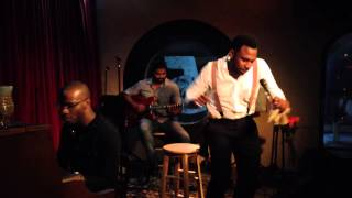 MAJOR performs 34 Serendipity 34 LIVE at 5 on
