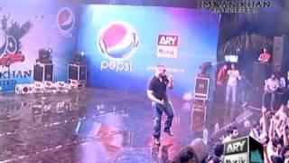 Bounce billo - Imran Khan Live