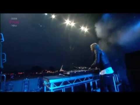 David Guetta Live - Titanium