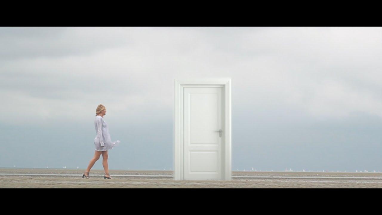 Larissa Tormey Video 51