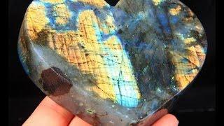 видео Магические и натуральные свойства камня жемчуг: черный, ручной и розовый