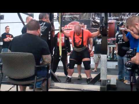 Ben Seath's First 2000 Lbs. Raw Total!  Age 21 Weight 308.
