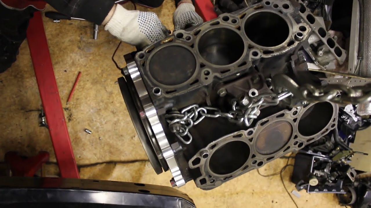 Engine And Transmission World >> 6G75 engine start without heads - YouTube