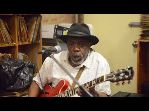 Lurrie Bell Sweet Home Chicago Apr 21 2018 Bobs Blues & Jazz Mart nunupics