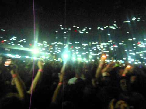 The crowd lighting up with cell phones