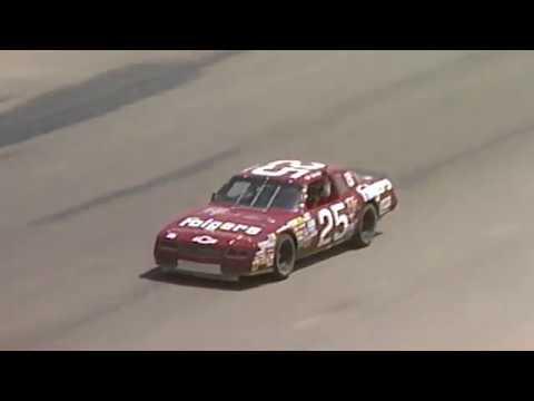 1987: Tim Richmond wins at Riverside