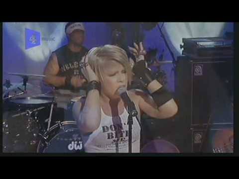 Pink - Family Portrait (Live in London 2002)