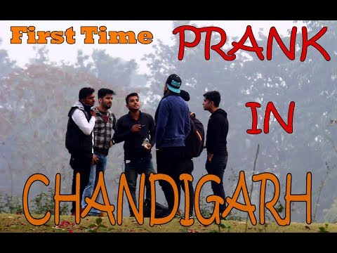 Chandigarh main AAKE GUNDA GARDI KAROGE |  First time Pranks in Chandigarh | ASLI KADAK LAUNDE