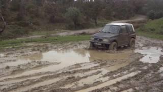 Suzuki Vitara Sidekick escudo Offroad
