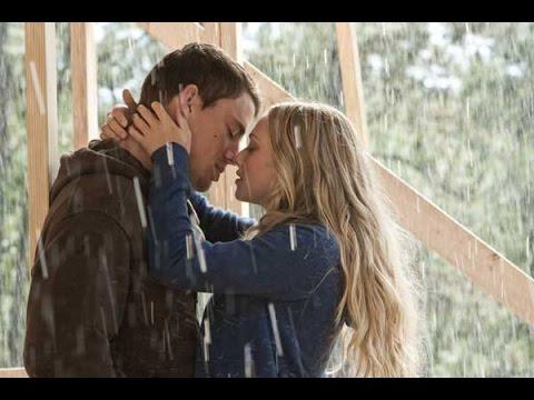 7 Hot Kissing Scenes