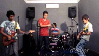 Video Chansu band_ ijinkan aku_By Ungu band.wmv download MP3, 3GP, MP4, WEBM, AVI, FLV Februari 2018