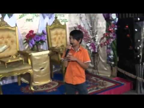 Azman Mans Boy Dunya Tausug Songs(live)